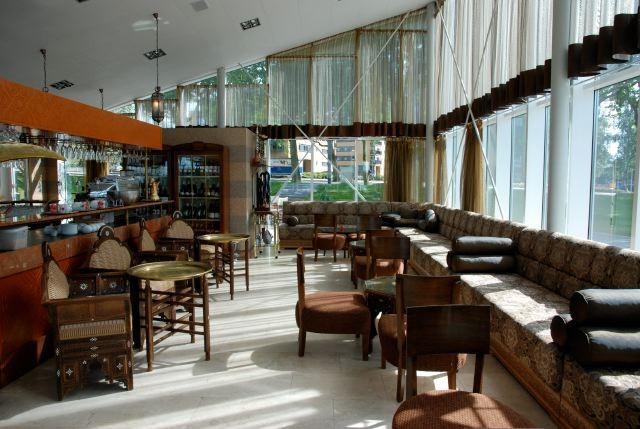 Cedars Lebanese Restaurant, Heemstedestraat 80, Amsterdam, with Asides